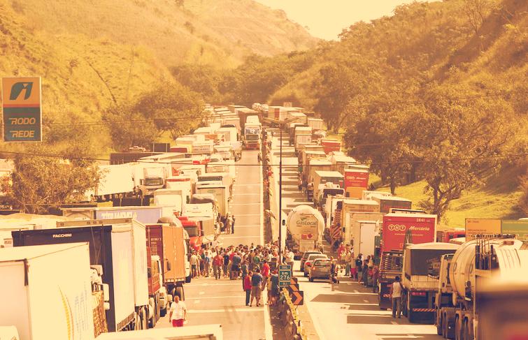NOTA: O impacto da paralisação dos Caminhoneiros nos processos de Comércio Exterior